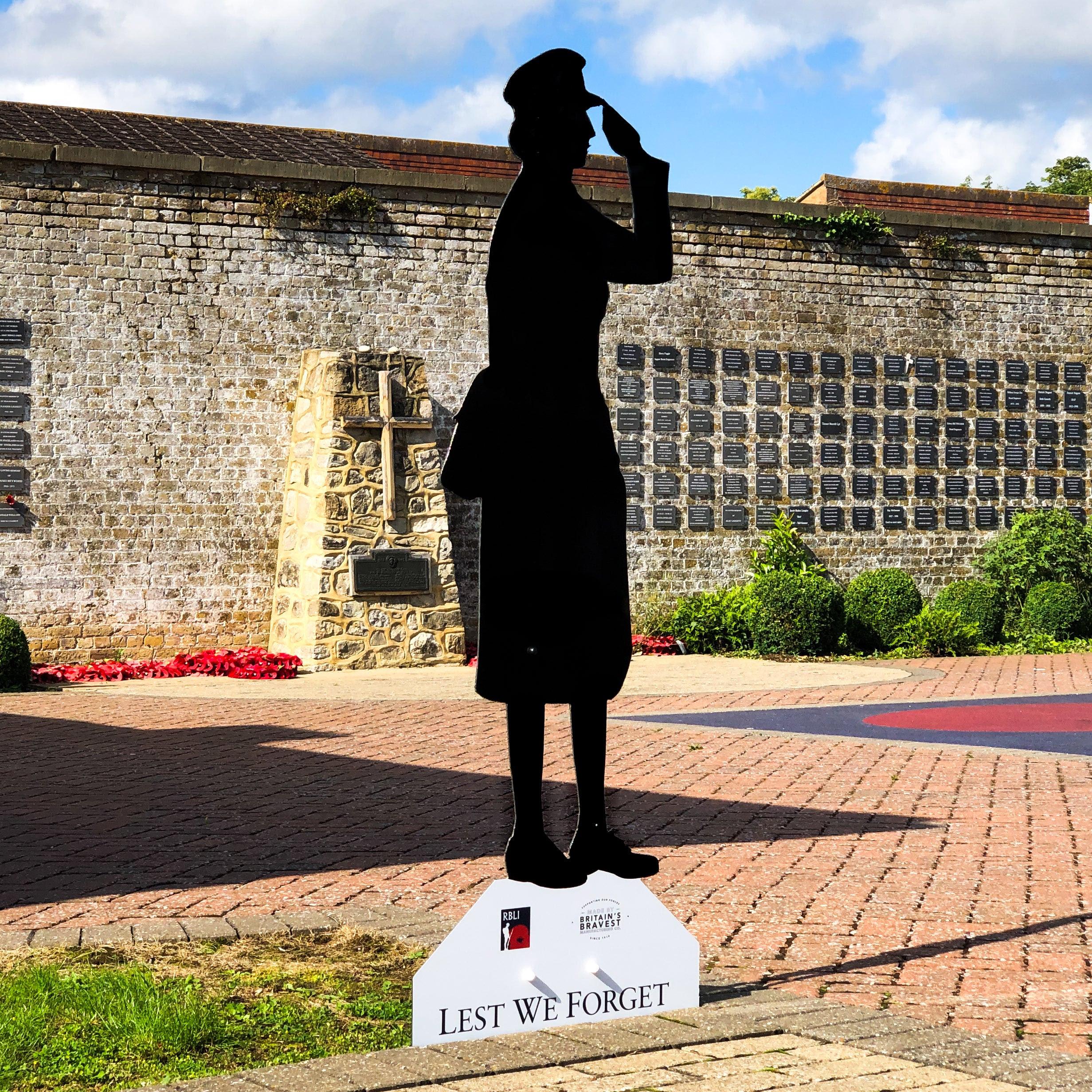 Unknown Women in War Statue