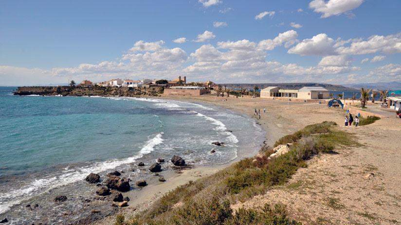 Tabarca, la isla española que tiene 60 habitantes y recibe a 230.000 turistas, pide socorro