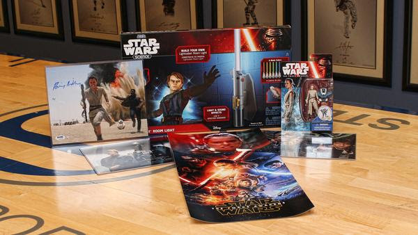 STAR WARS Ultimate Fan Gift Bo...