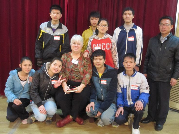 Xinzhou High School 灵山新州 Students