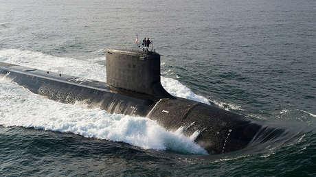 El submarino de ataque USS North Dakota de la clase Virginia, 18 de agosto de 2013.