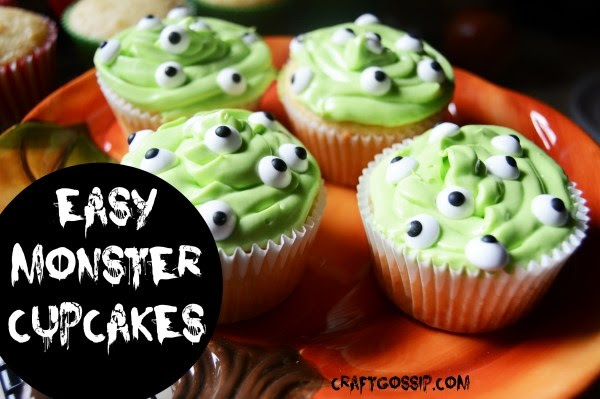 10-DIY-Halloween-Cupcakes-Ideas-IT-Movie-Clown-Britney-Dearest-Fun-Family-Party-Scary-Spooky-Spider-It-Movie-themed-Pumpkins-Monster-Alien-Bloody-Ghosts