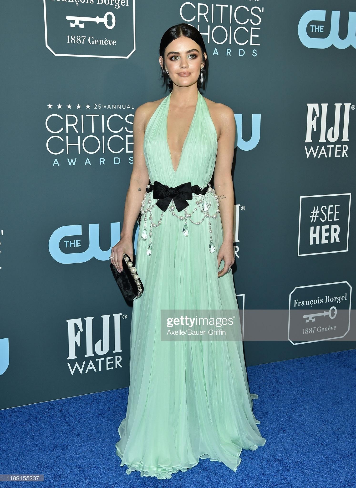 4a13ab7b 4d71 4bed 88e5 8d82aea67115 - Jennifer Lopez y Emily,entre las celebrities que apostaron por Jimmy Choo en los Critics' Choice Awards