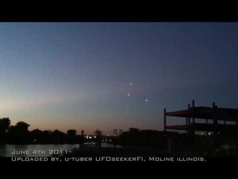 UFO News ~ UFO Over Chicago During the 4th of July plus MORE Hqdefault