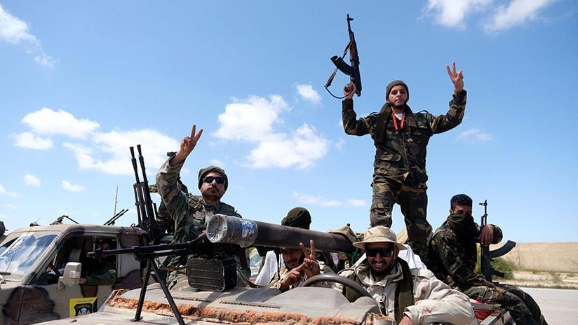EE.UU. retira sus tropas de Libia y lamenta las