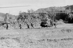 375px-Ia_Drang_Infantry_disembarking_from_Helicopter