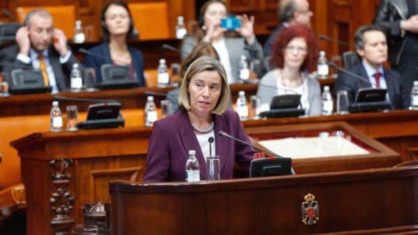 Η Μογκερίνι θα ενημερώσει τους ηγέτες της ΕΕ για την περιοδεία της στα Βαλκάνια