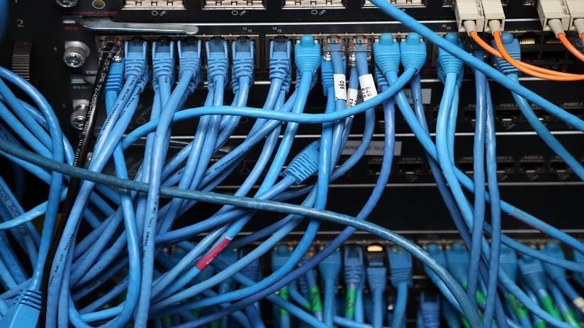 'Hackean' tres servidores del FBI y