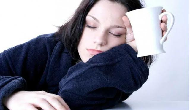 Mệt mỏi hơn bình thường,ăn nhiều đường,sống khỏe,thói quen xấu,dấu hiệu sức khỏe