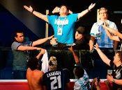 Los feligreses de Maradona, crearon una Biblia, 10 Mandamientos, un Padre Nuestro y hasta un Salve.