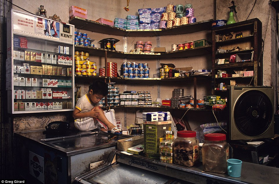 Because the family lived in the shop, it remained open throughout the day and evening until Pui Yuen and his wife went to bed