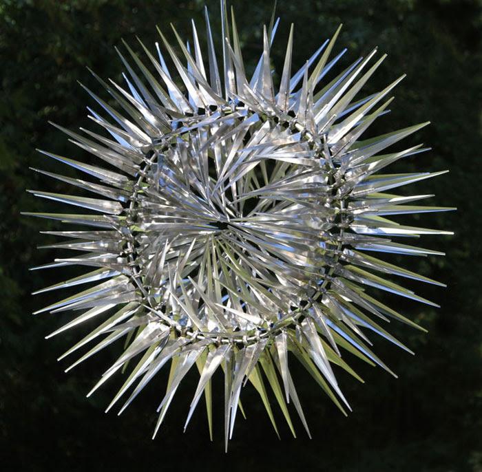 sculpture kinetique scifi 11 Les sculptures cinétiques dAnthony Howe  sculpture featured bonus art