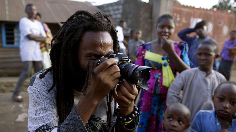 Stop Filming Us, de Joris Postema