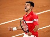 El partido culminó a menos de 15 minutos de la media noche parisina con gritos de descarga por parte de Djokovic.