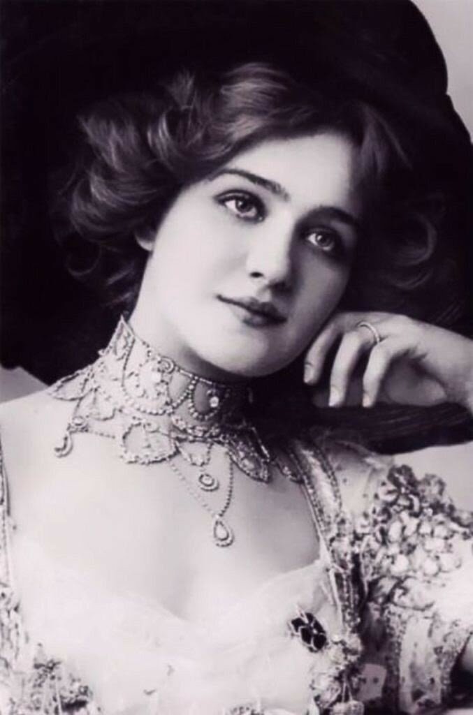 Красавицы начала XX века,- Лили Элси (1886-1962)
