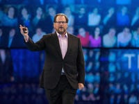 Here's another sign that Salesforce is cozying up with a nicer Microsoft