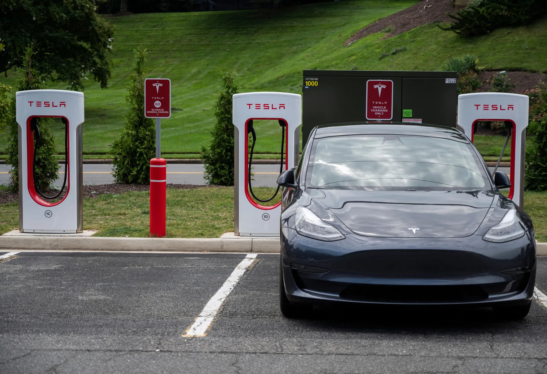 Here's what to expect from Tesla's big AI Day event