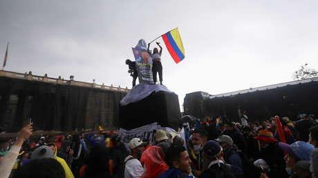 """Sin la """"excusa"""" de la guerra, el conflicto más postergado llega a las calles: ¿cuáles son las raíces de la protesta social en Colombia?"""