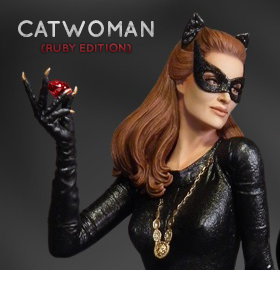 JULIE NEWMAR AS CATWOMAN MAQUETTE