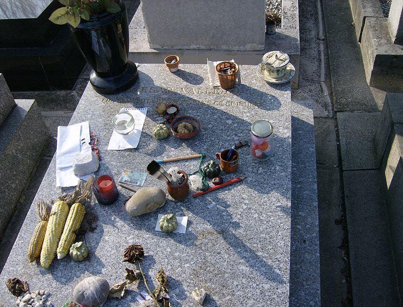 File:Grave César Vallejo.JPG
