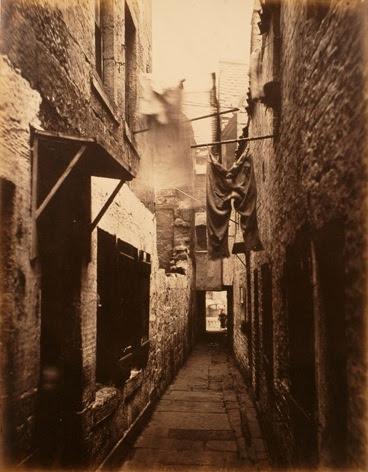 File:Slum in Glasgow, 1871.jpg