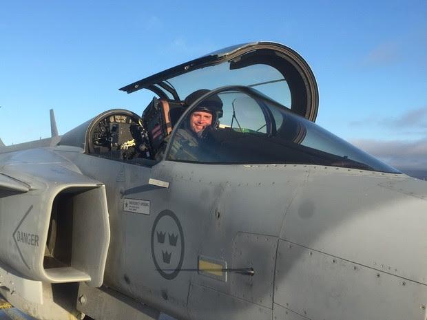 Capitão Pascotto decola de Gripen (Foto: FAB/Divulgação)