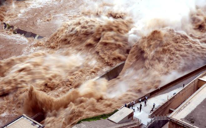 """TQ: Nước dồn về đập Tam Hiệp đã ngang với """"đại hồng thủy"""" từng khiến hơn 4.000 người chết - 1"""