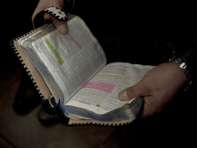 Cabinet Members Launch White House Bible Study