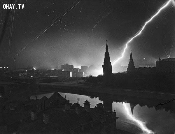 Cuộc tập kích trên không bất ngờ của quân đội Đức nhằm vào Moskva năm 1941.,bức ảnh lịch sử,khoảnh khắc lịch sử