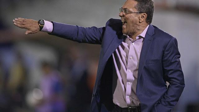 Em adeus de Luxemburgo, Vasco busca uma despedida honrosa diante do Goiás