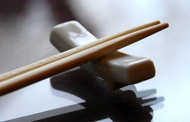 BS khuyến cáo: 3 loại đũa này tuyệt đối không nên mua về dùng, rất có hại cho sức khỏe - Ảnh 5.