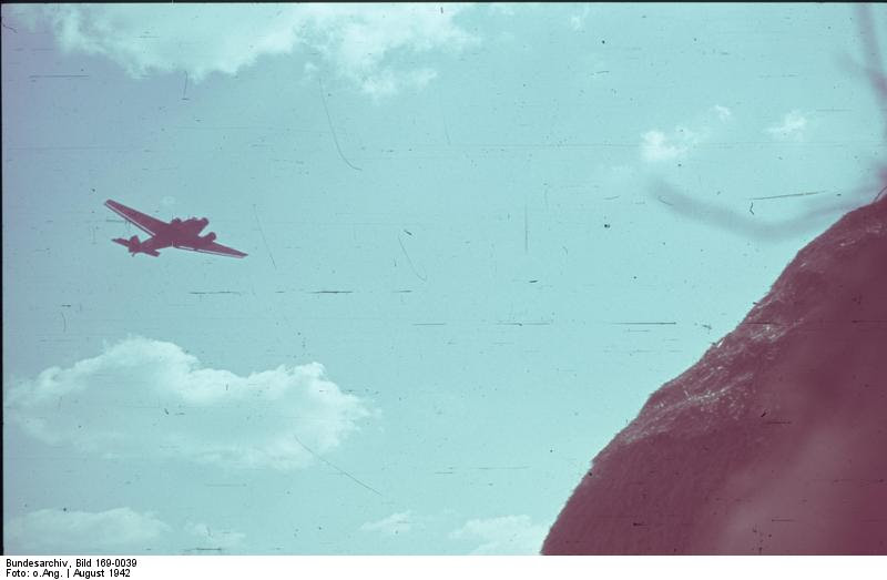 File:Bundesarchiv Bild 169-0039, Flugzeug Junkers Ju 52 im Flug.jpg
