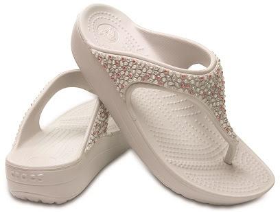 crocs sloane embellished flip w