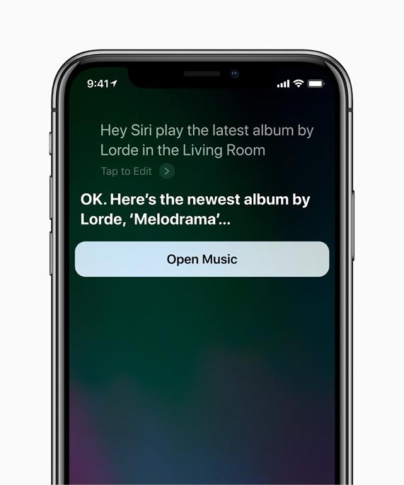Pantalla del iPhone X con Siri mostrando el álbum más reciente de Lorde: Melodrama.