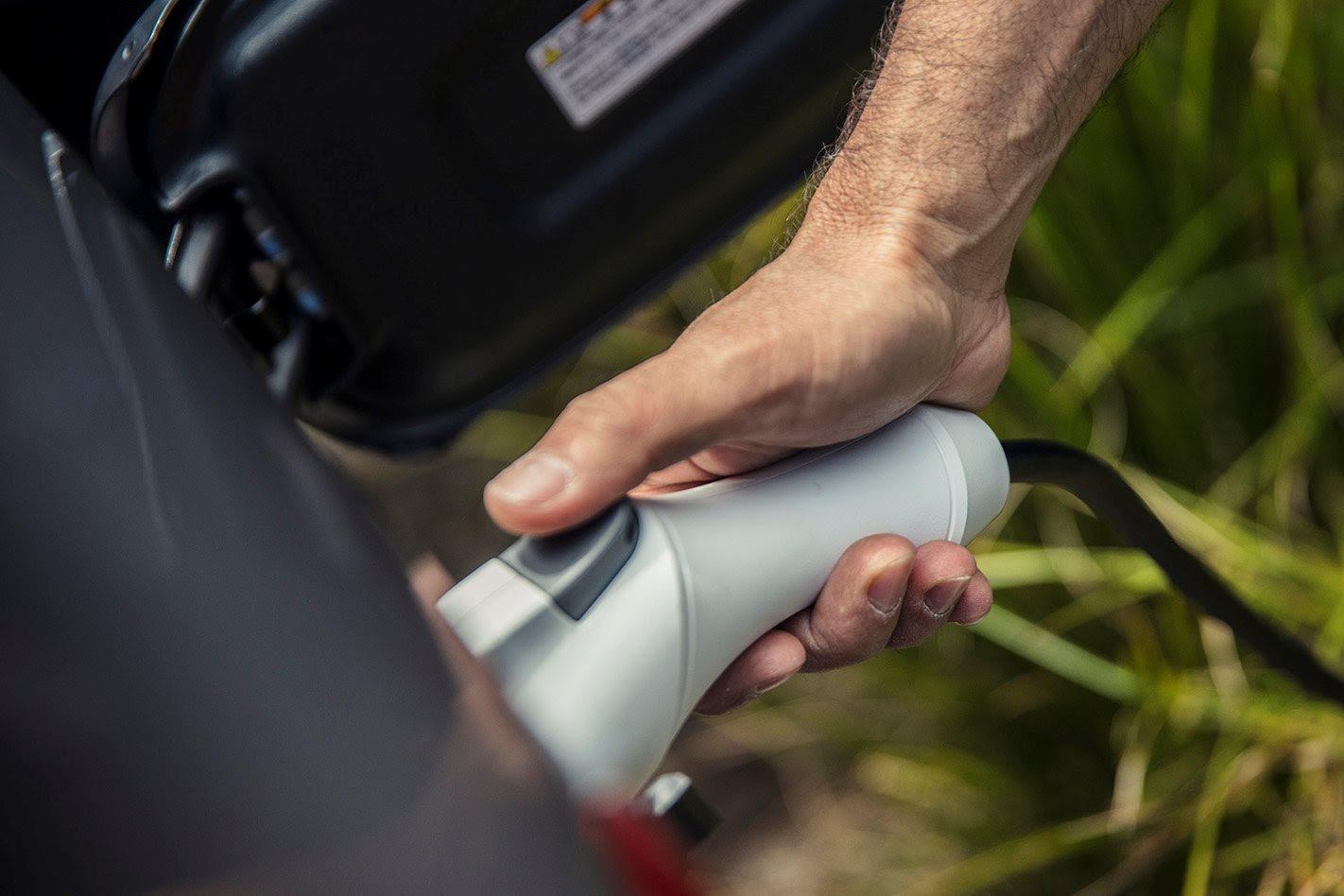 electric vehicle plug