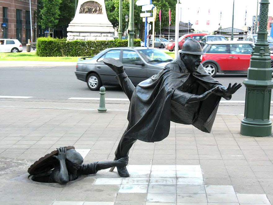 http://www.boredpanda.com/worlds-most-creative-statues-sculptures/?image_id=worlds-most-creative-statues-15.jpg