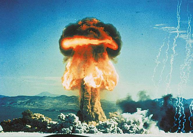 Wybuch, bomba, bomba atomowa, grzyb nuklearny