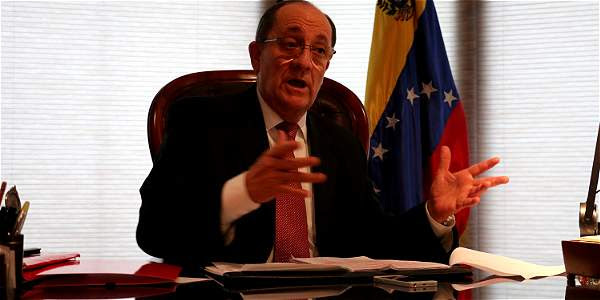 Iván Rincón Urdaneta, representante diplomático de Caracas en Bogotá, lleva cuatro años al frente de esa delegación en Colombia.
