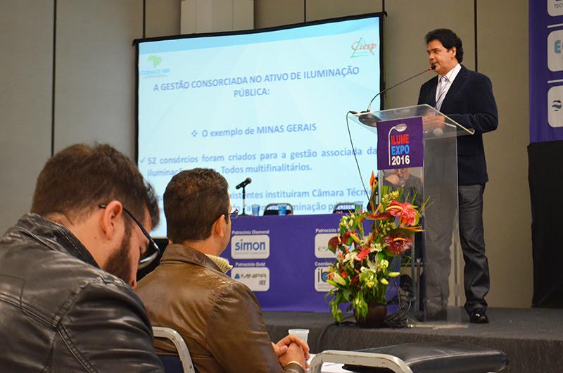 Apresentação do presidente do CONACI/BR - Wellington Marcos Rodrigues.