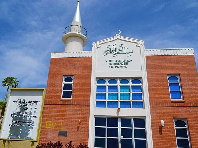 Mareeba mosque graffiti