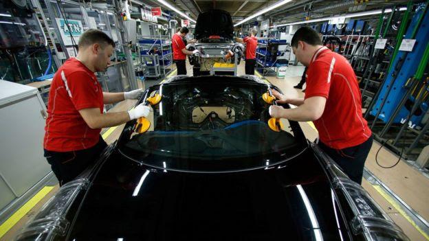Fábrica de automóveis na Alemanha