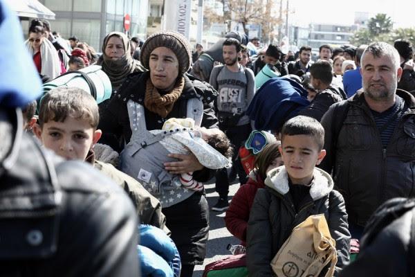 Πάνω από 1.000 μετανάστες διασώθηκαν στη Μεσόγειο το Σαββατοκύριακο