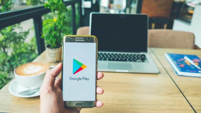 Google remove apps que roubavam credenciais do Facebook