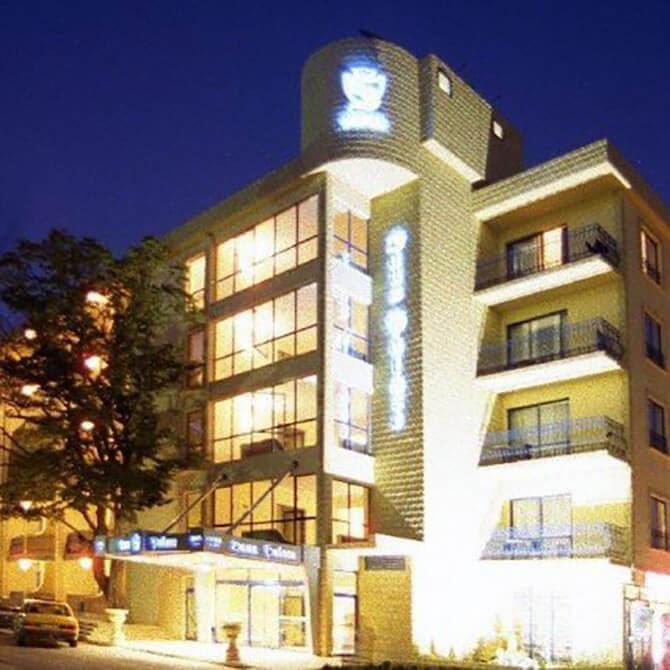 Hotel Dana Palace 3*