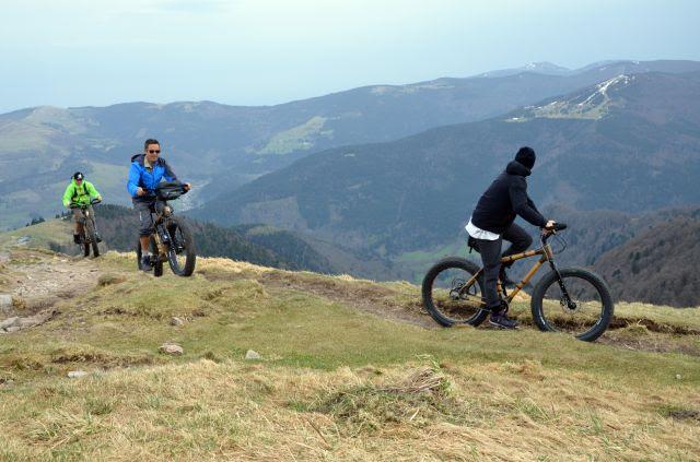 Premiers essais des vélos en bambou