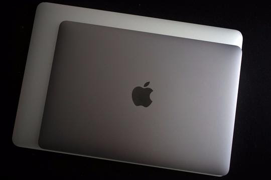 igDns194TeSeoxqOyvel_macbook