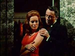 Luciana Paluzzi and Robert Vaughn in To Trap  a Spy