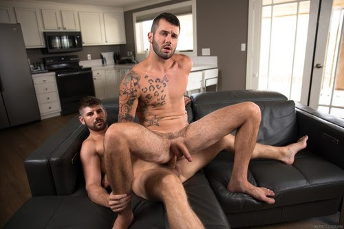 NextDoorRaw – Ex-tra Helping (Johnny Hill & Connor Halsted) Bareback