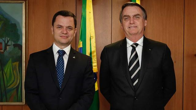 Com ministro ligado à segurança pública, Bolsonaro tenta articular base policial