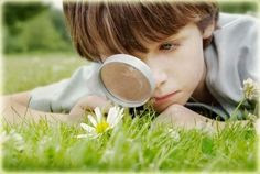 kid_with_magnifying_glass.jpg